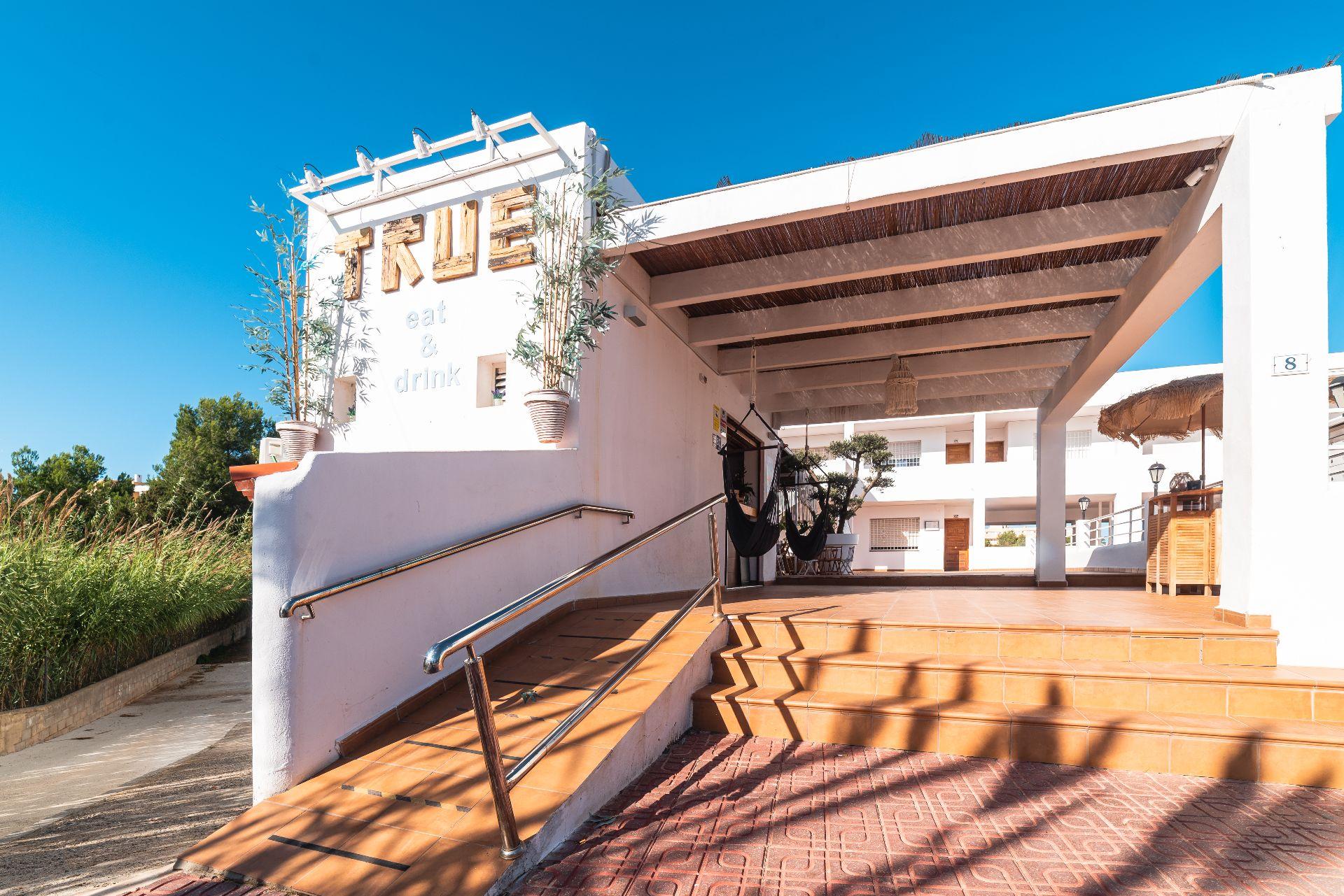 Local comercial en Sant Josep de sa Talaia, Port Des Torrent, alquiler