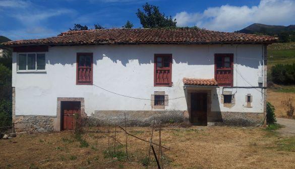 Casa de campo en Parres de 4 habitaciones