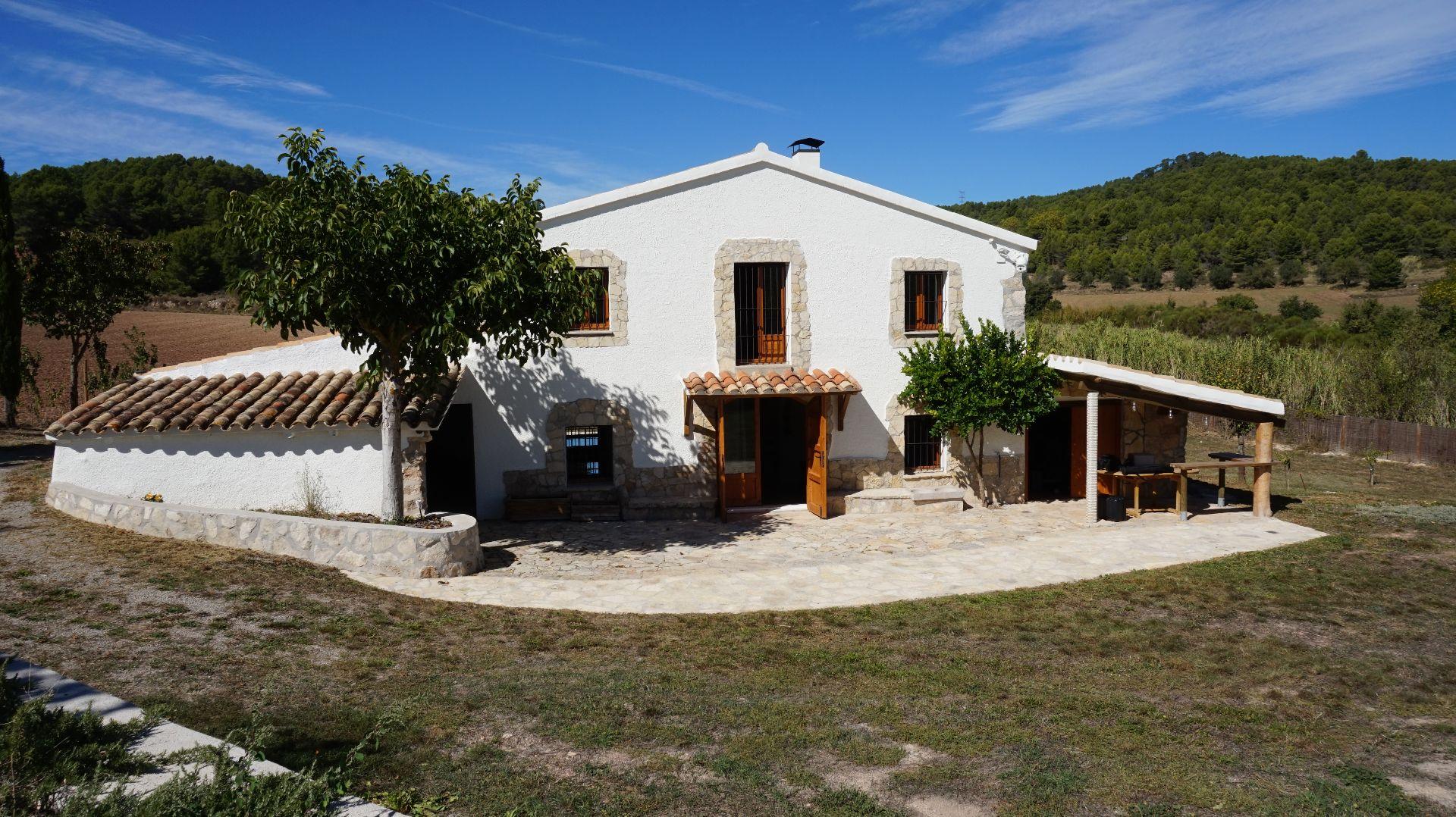 Casa de campo en Torrelles de Foix, Les Llambardes, venta