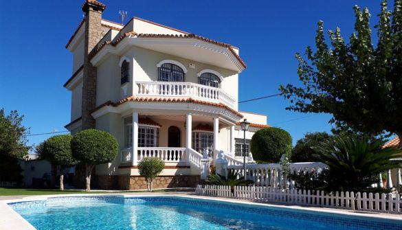 Villa de Lujo en Chipiona de 4 habitaciones