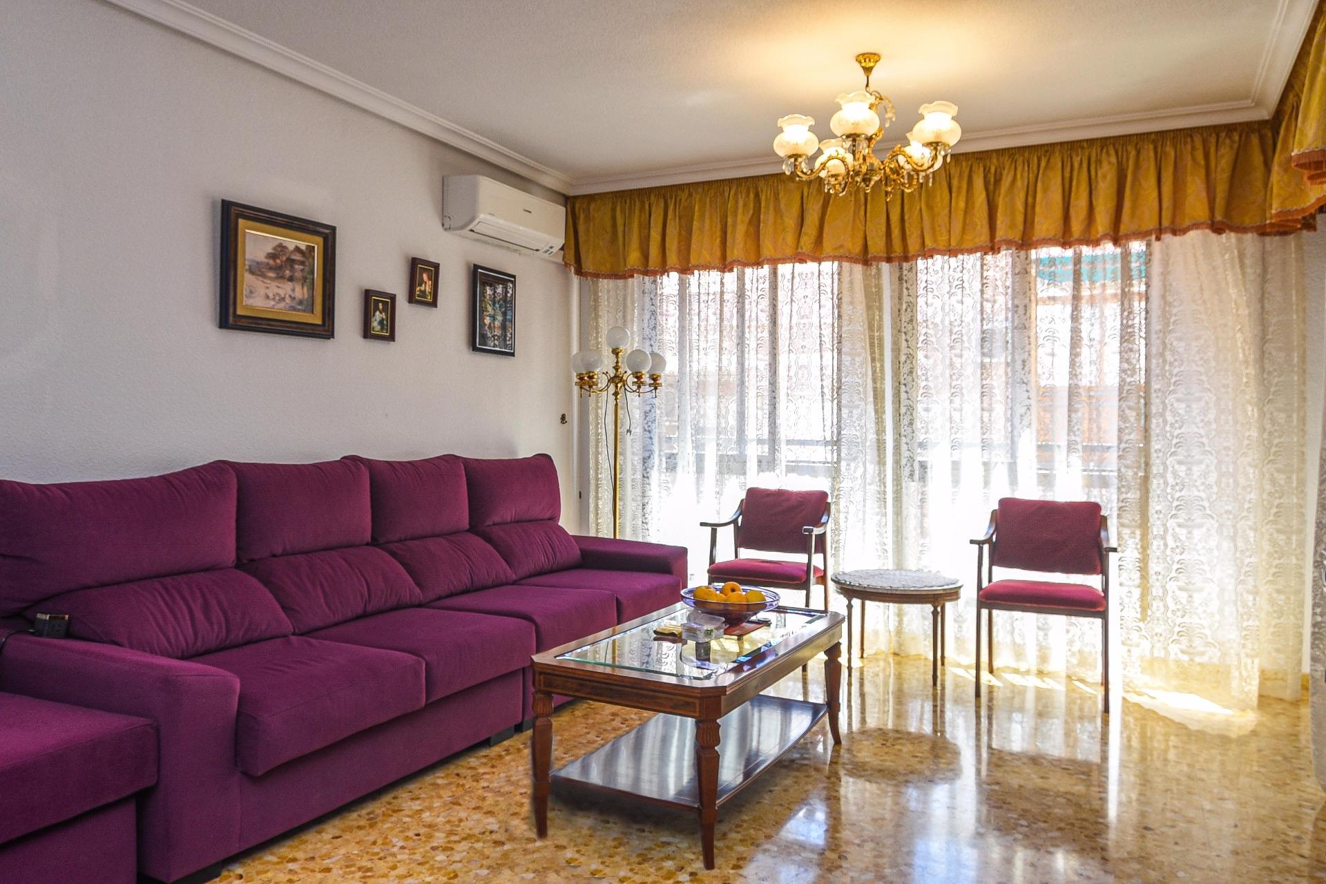 Flat in Alicante, centro, for sale