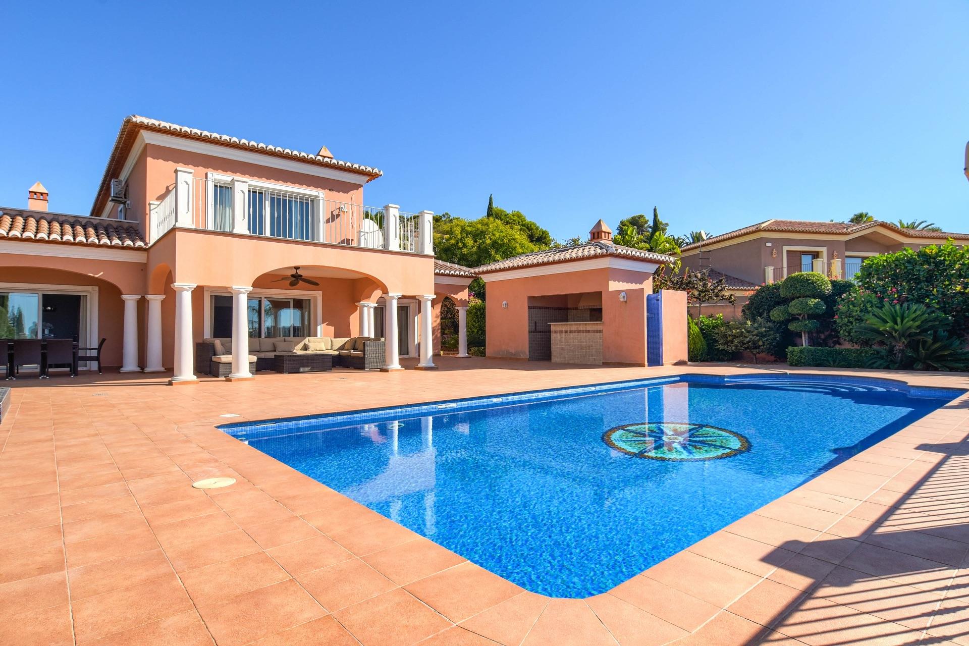 Luxury Villa in Moraira, for sale