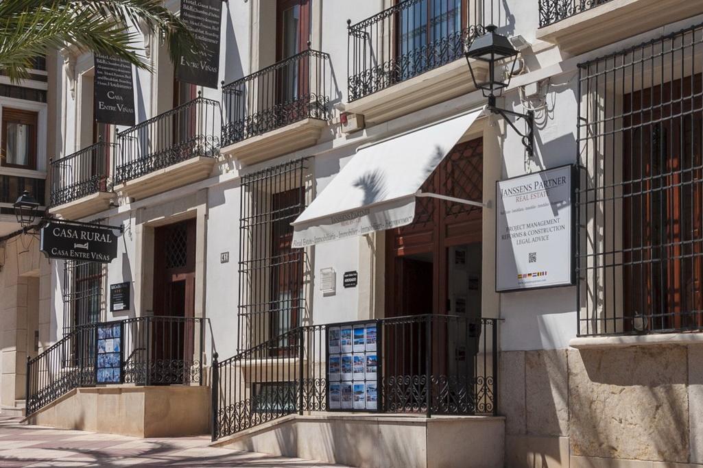 Janssens Partner Real Estate et Casa Entre Viñas