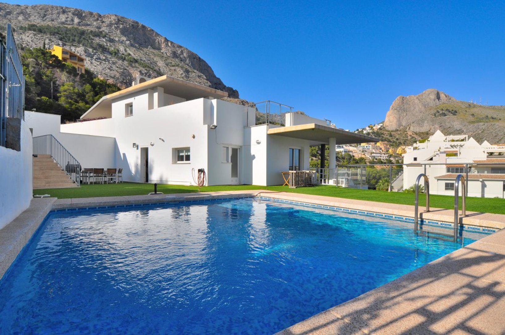 Villa in Altea, for sale