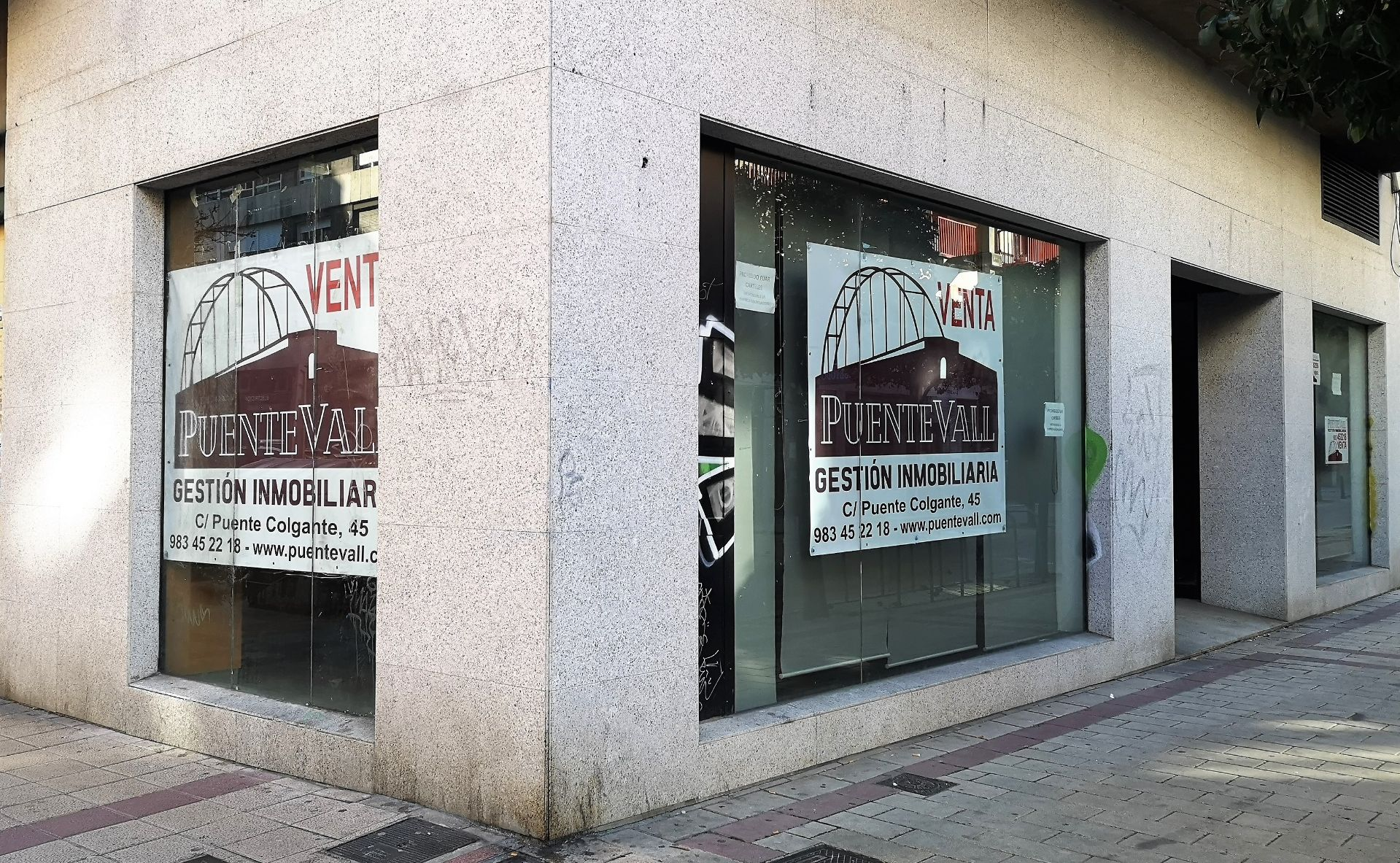 Local comercial en Valladolid, puente colgante, venta