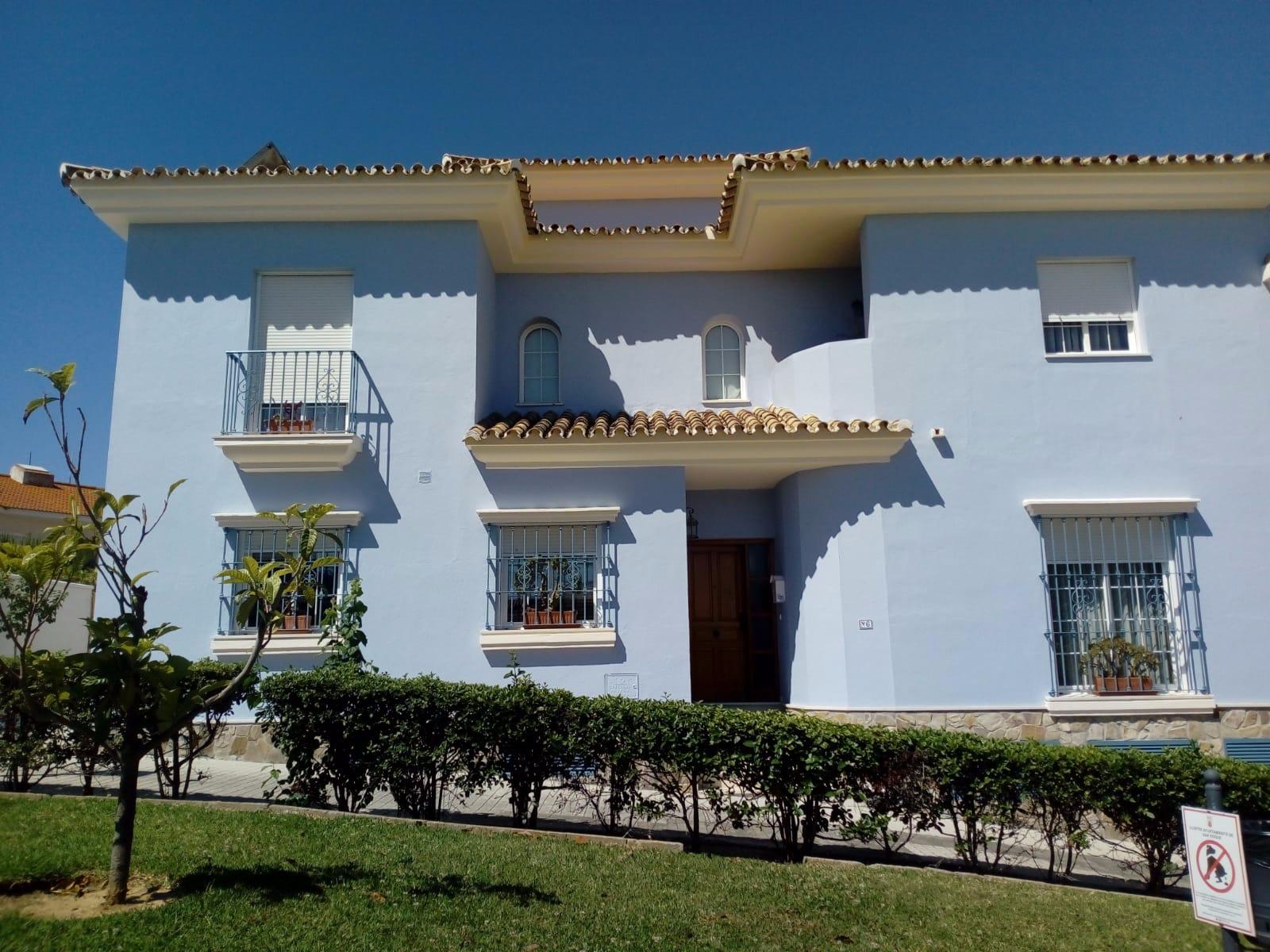 Casa adosada en San Roque, Pueblo Nuevo, venta