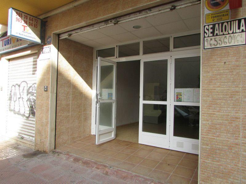 Local comercial en Torrevieja, Torrevieja, venta
