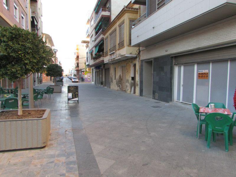 Local comercial en Almoradí, Centro, alquiler