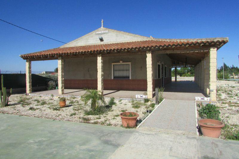 Casa / Chalet en Almoradí, Campo de fútbol, venta