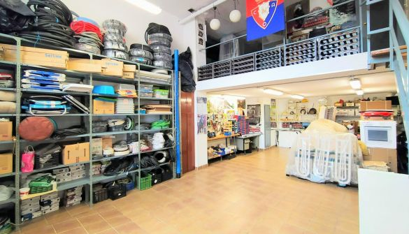 Local comercial en Pamplona / Iruña