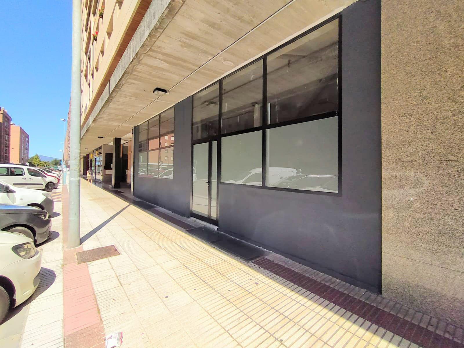 Local comercial en Pamplona, Mendebaldea, alquiler