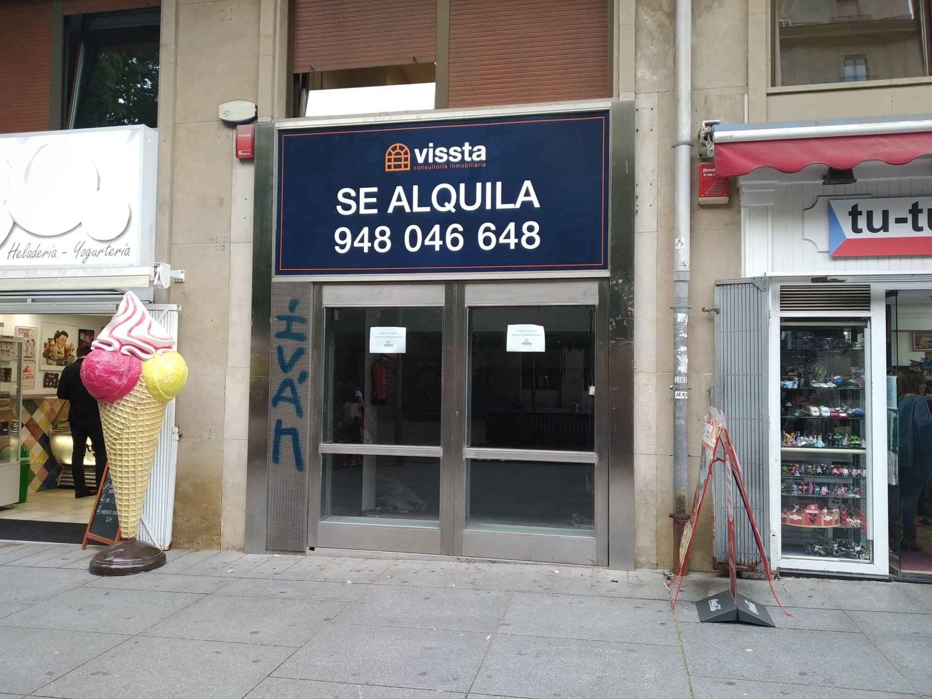 Local comercial en Pamplona, Pamplona, alquiler