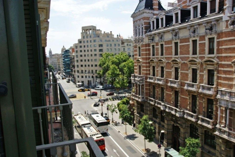 Pis a Barcelona, Eixample, en venda