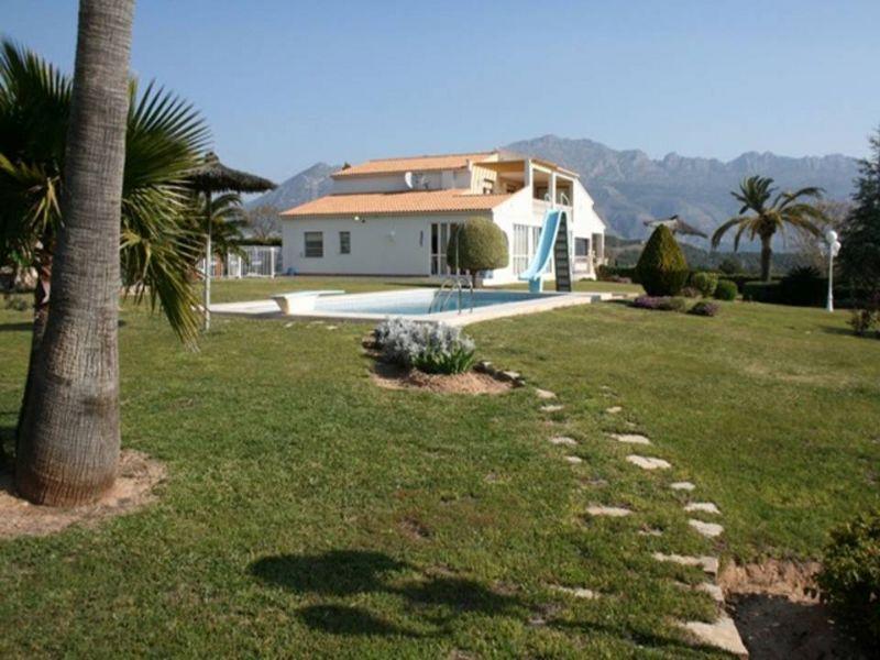 Luxury Villa in Altea, Altea - La Nucia, for sale