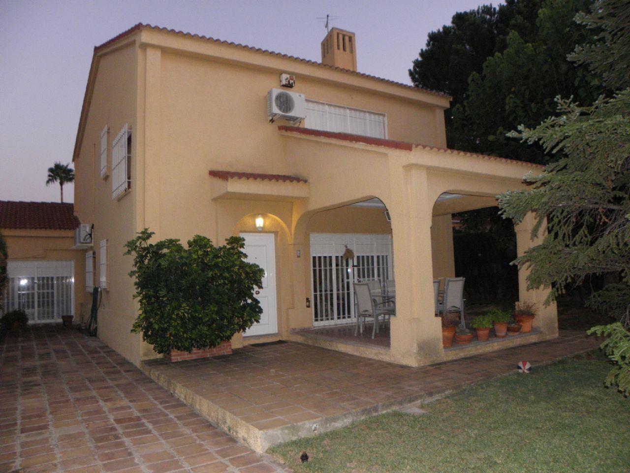 For Sale Semi Detached House In San Antonio De Benageber With