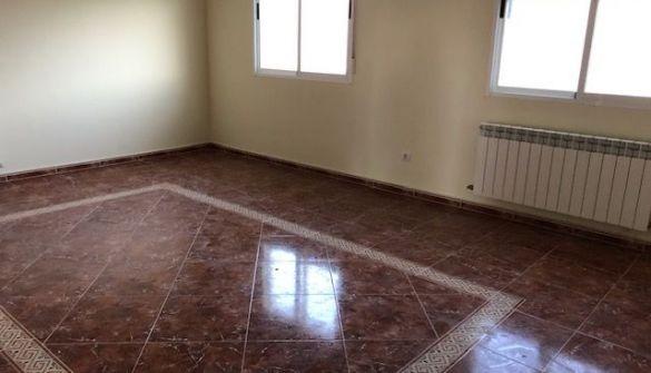 Casa adosada en Burgos de 3 habitaciones