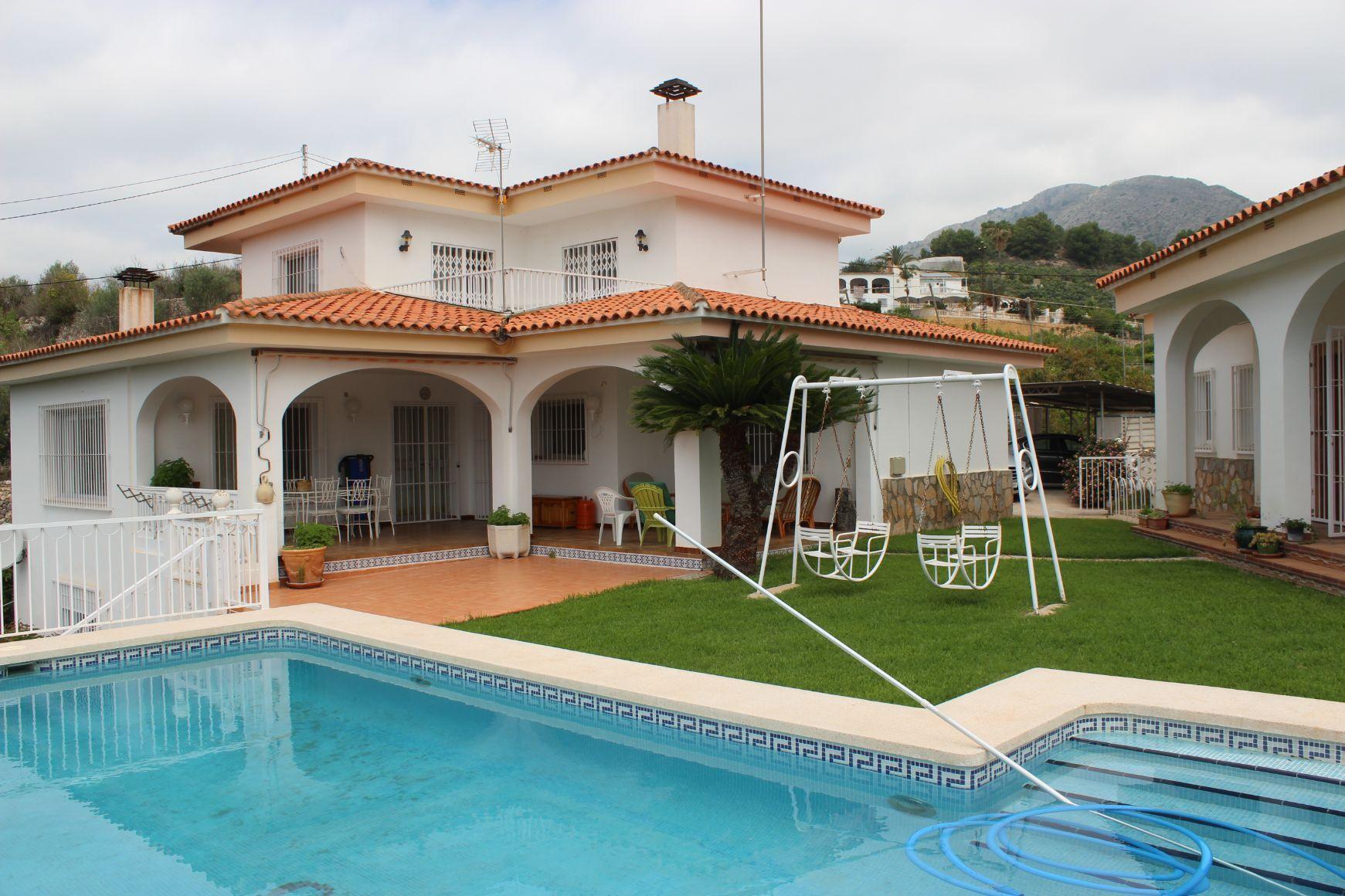 Villa in Callosa d'en Sarrià, for sale