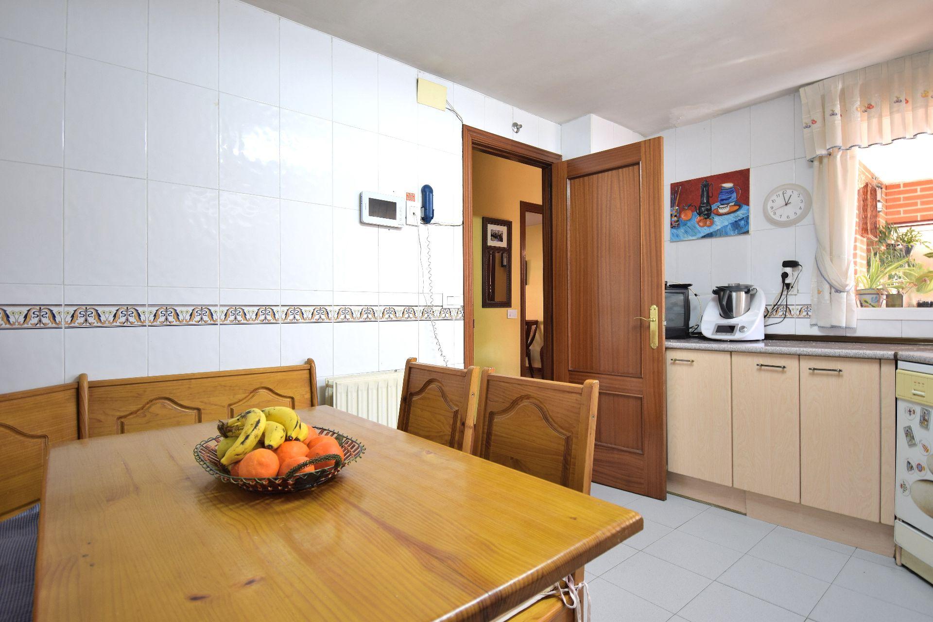 Casa / Chalet en San Fernando de Henares, PARQUE ROMA, venta