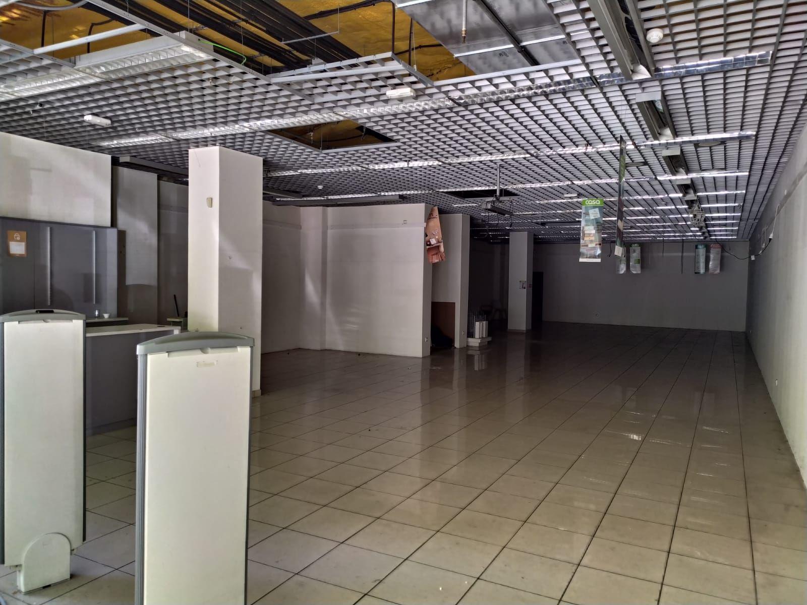 Loja em Cáceres, CENTRO, arrendamento