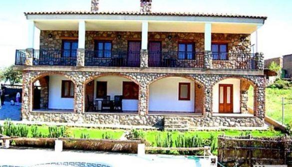 Hotel en Valencia De Alcántara de 6 habitaciones