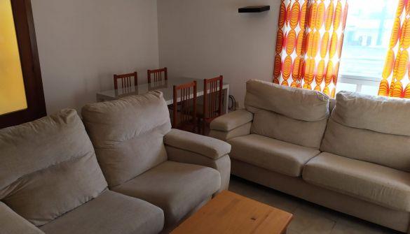 Casa adosada en Cáceres de 4 habitaciones