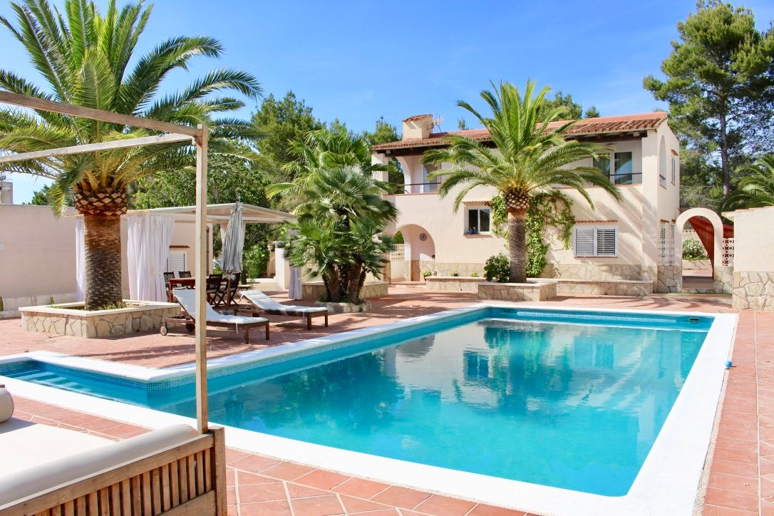 Luxury Villa in Sant Josep de sa Talaia, cala tarida, for sale