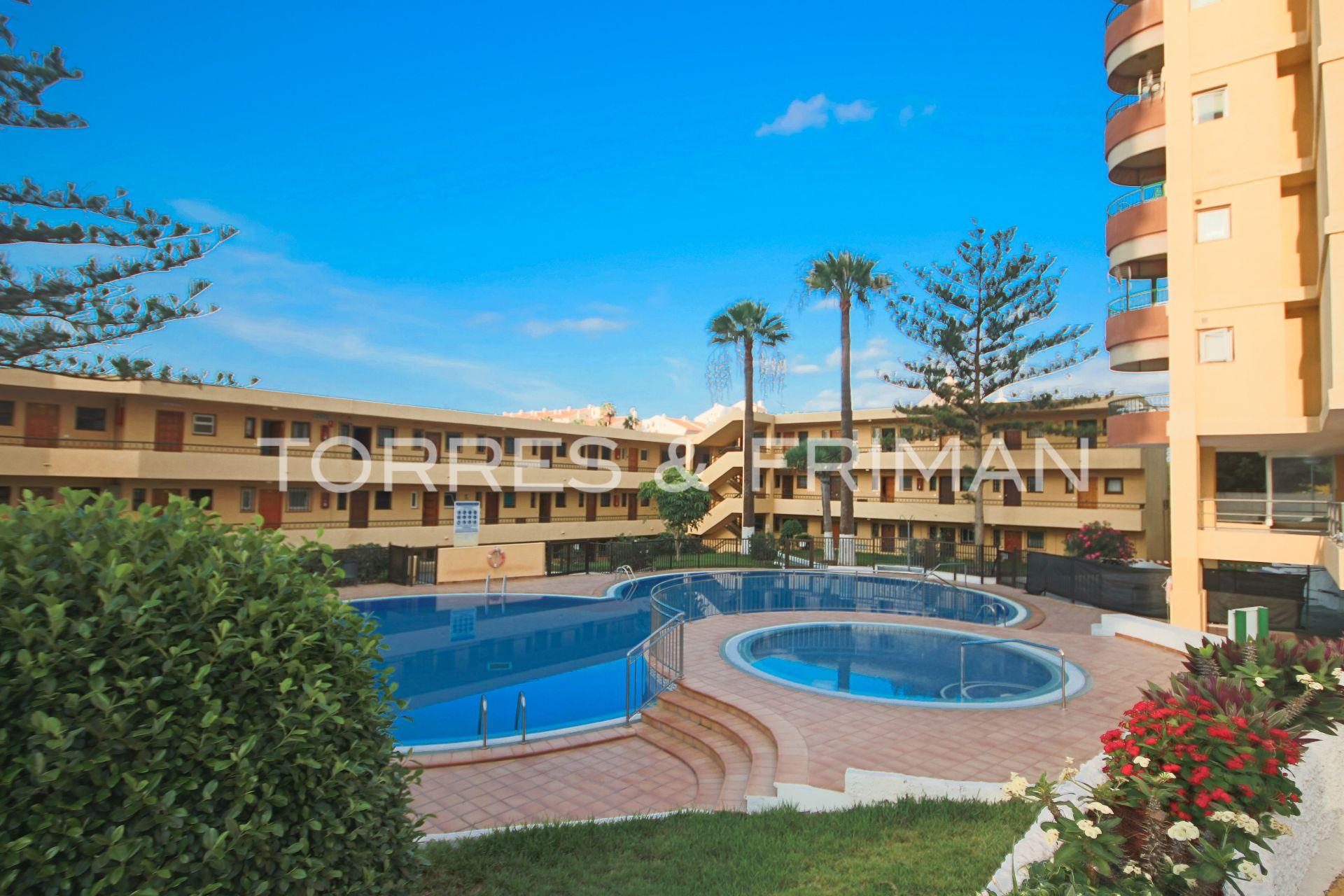 Apartment in Los Cristianos, Playa de las Vistas, for sale