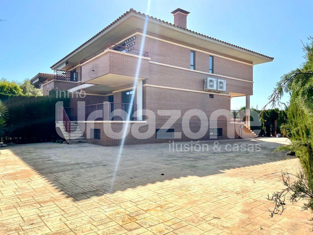 Casa adosada en Muchamiel, Almajada, venta