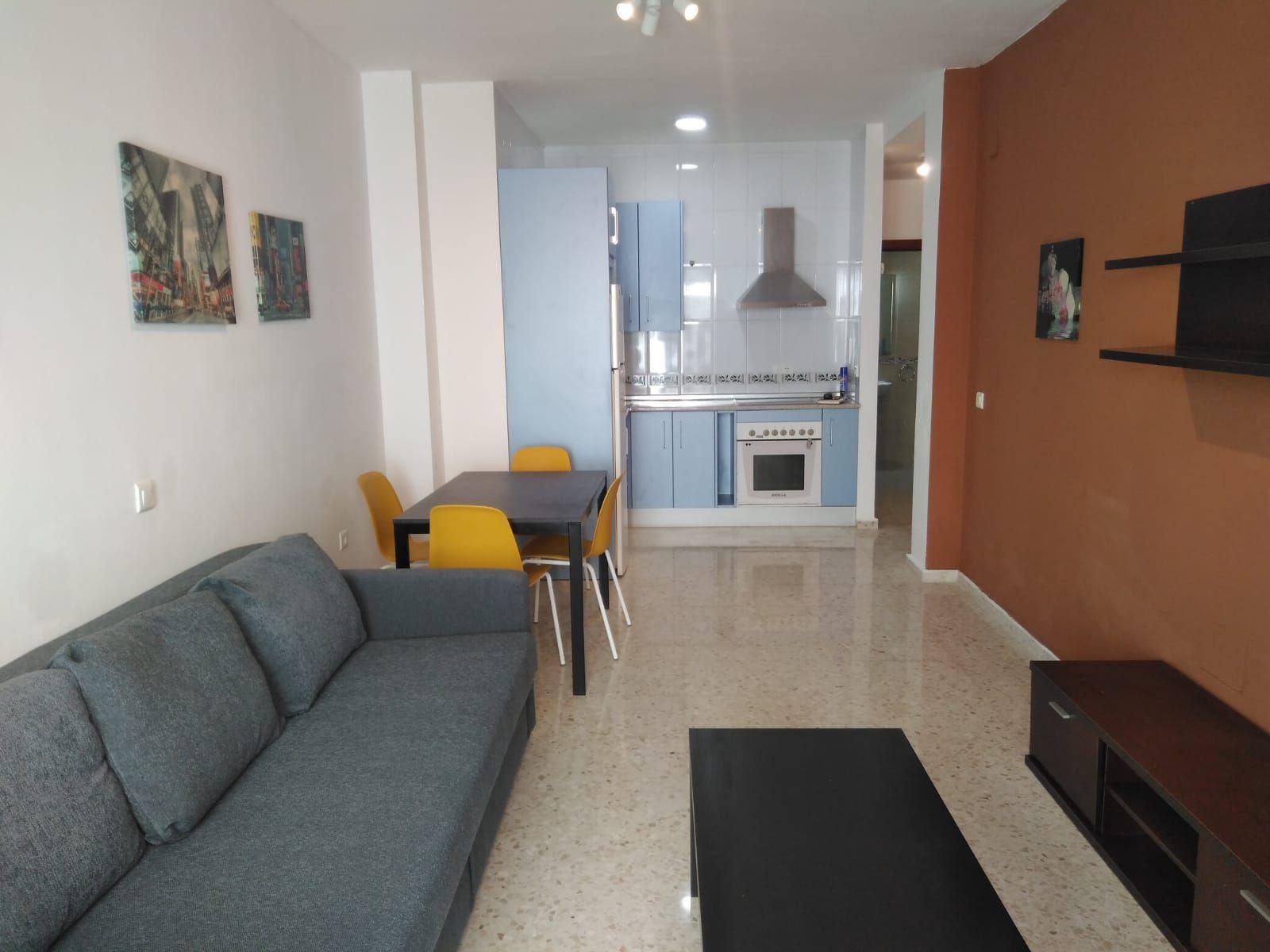 Piso en Málaga, MARMOLES-TRINIDAD, alquiler