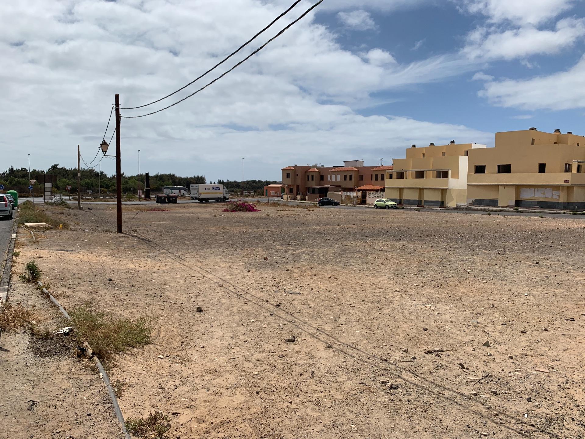 Urban Plot i Puerto del Rosario, El Matorral, salg