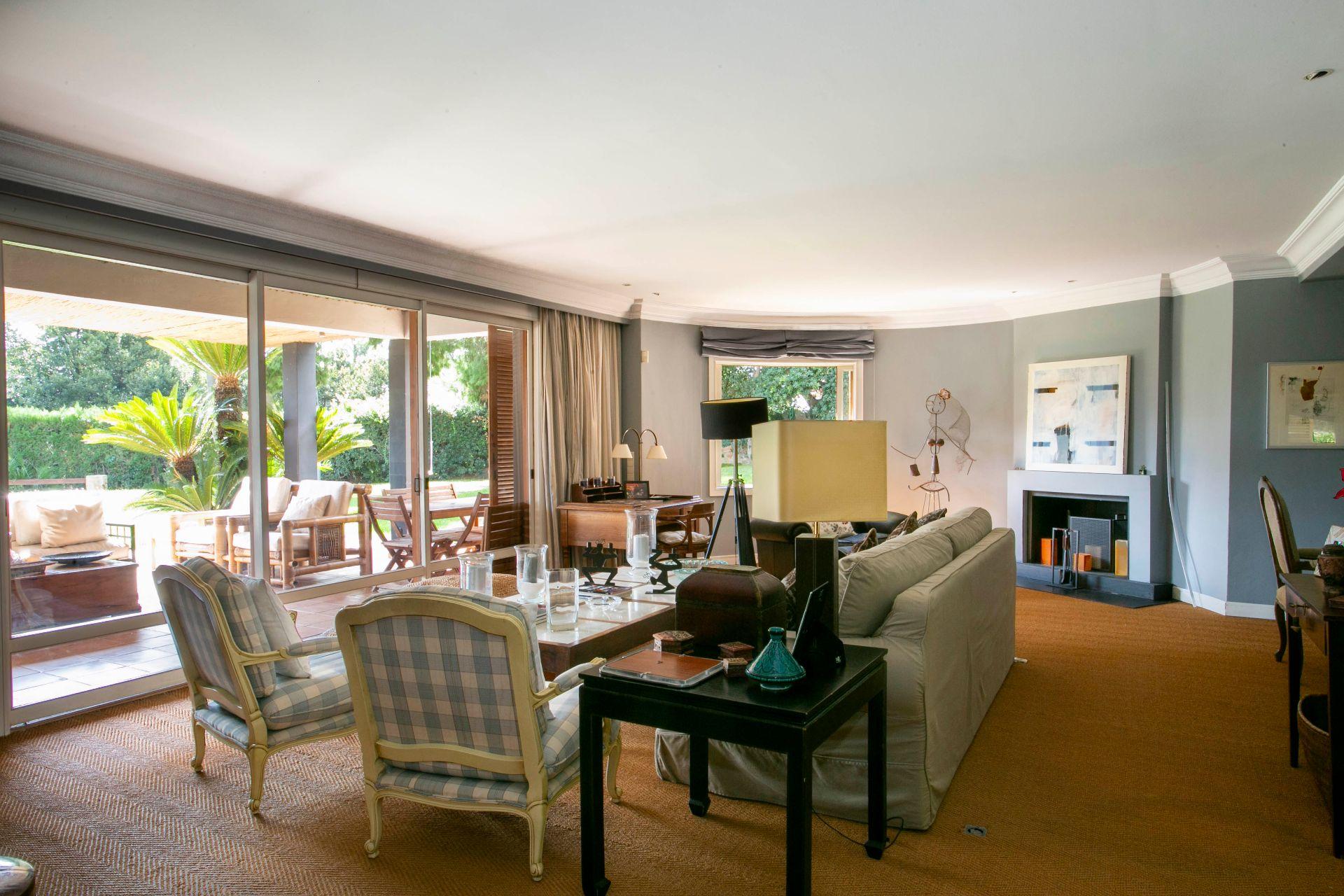 Villa in Rocafort, for sale