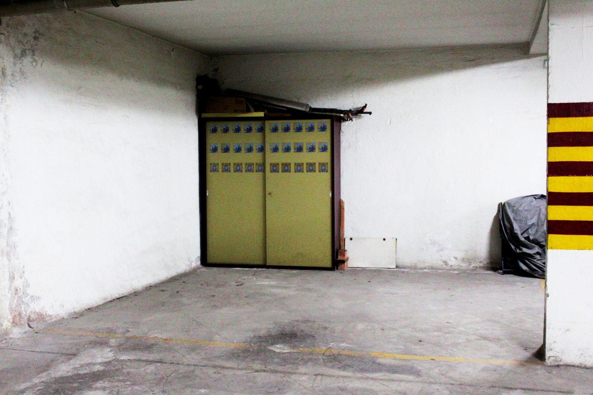 Garaje / Parking en Motril, Ayuntamiento, alquiler