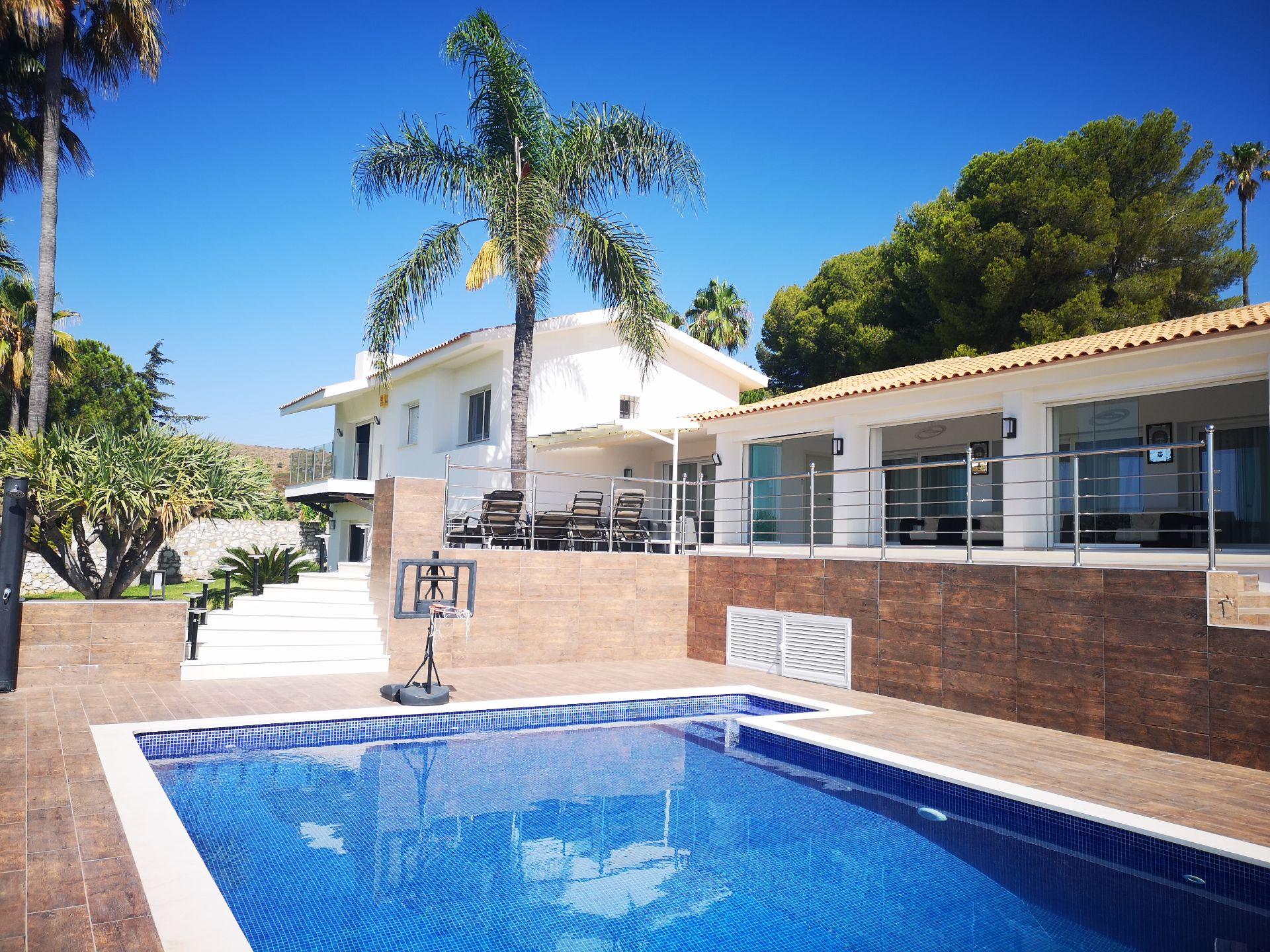 Villa de Lujo en Benahavís, venta