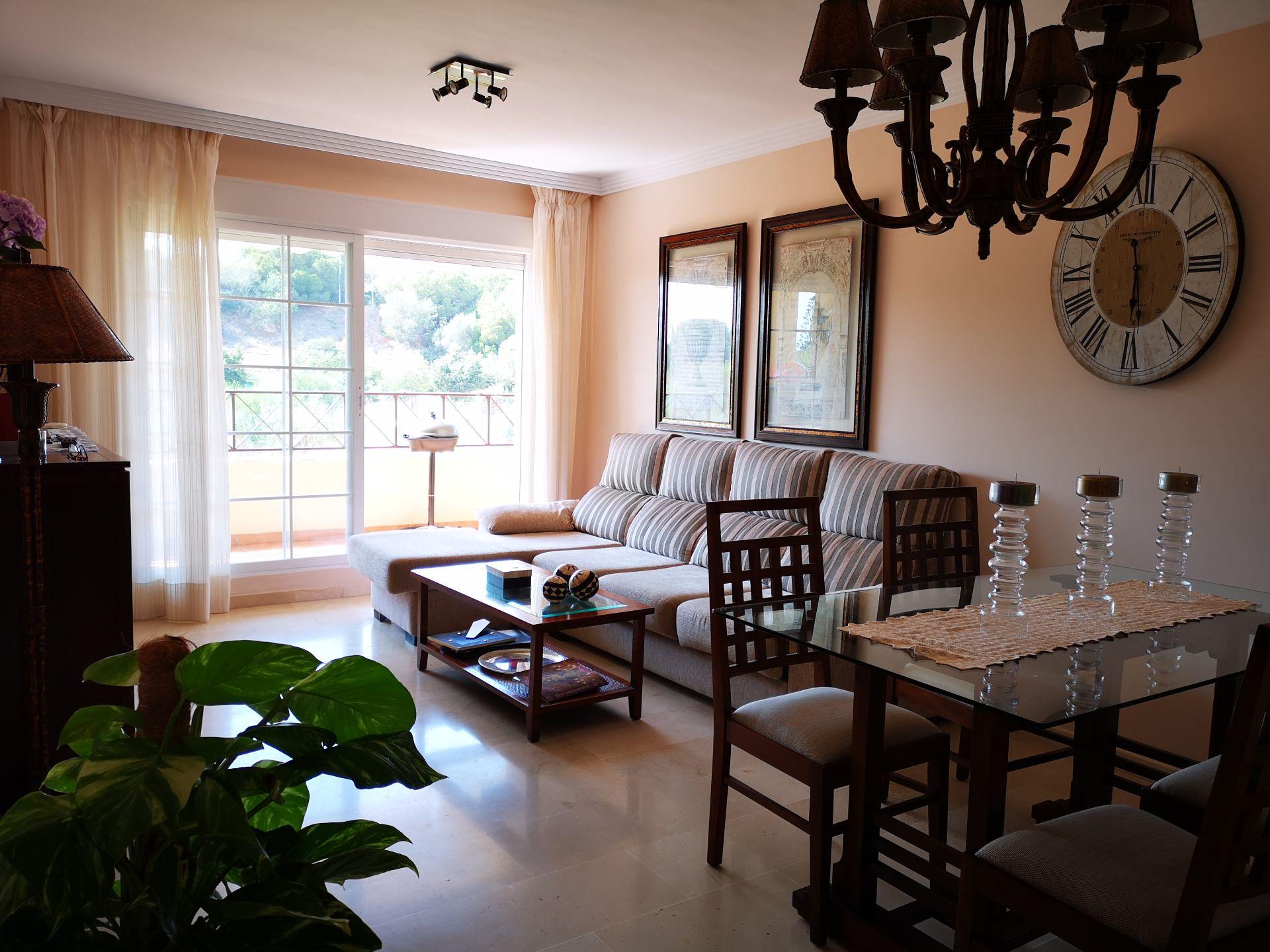 Apartamento en Marbella, Elviria Playa, alquiler