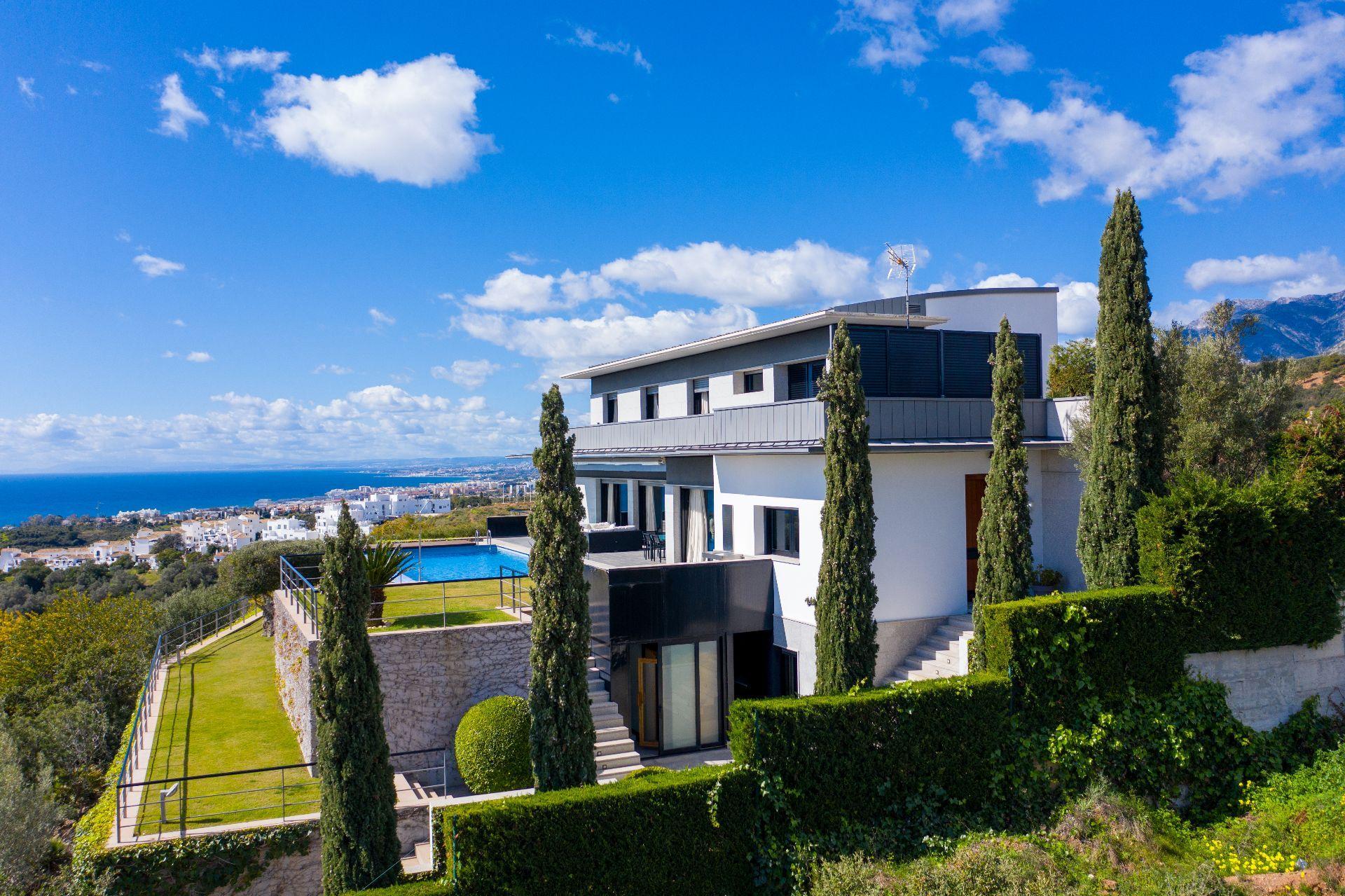 Villa de Lujo en Marbella, Altos de Los Monteros, venta