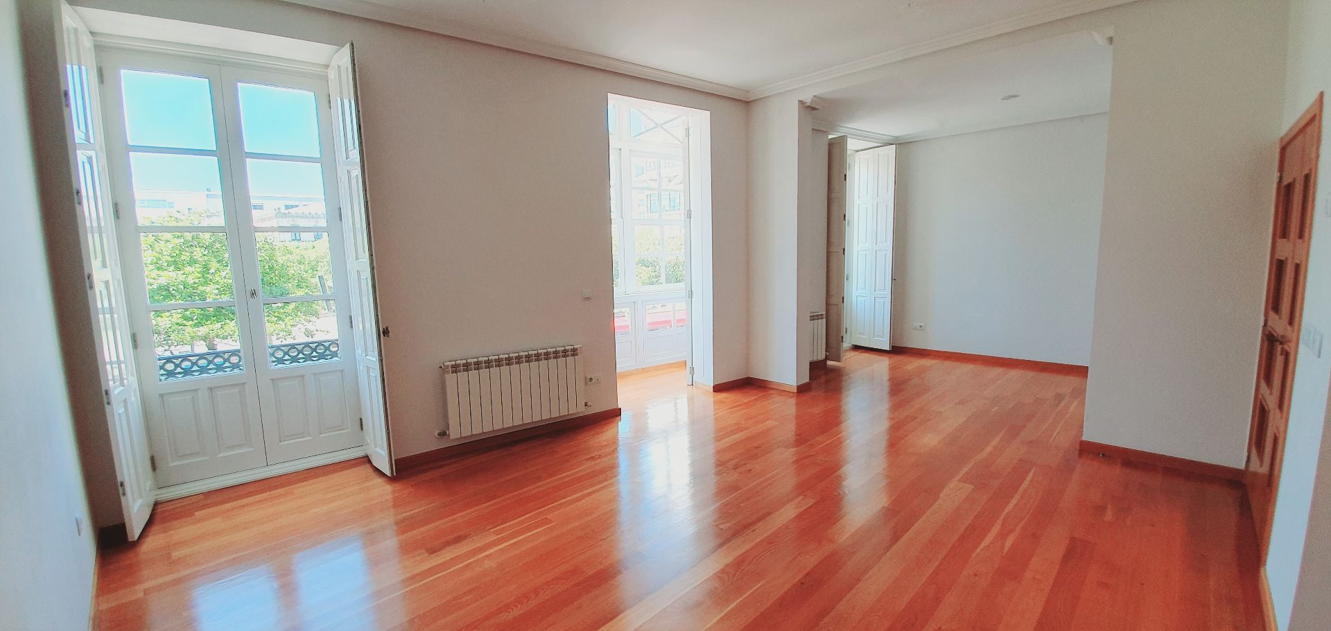 Lägenhet i A Coruña, Centro - Juan Flórez - Plaza Pontevedra, till salu