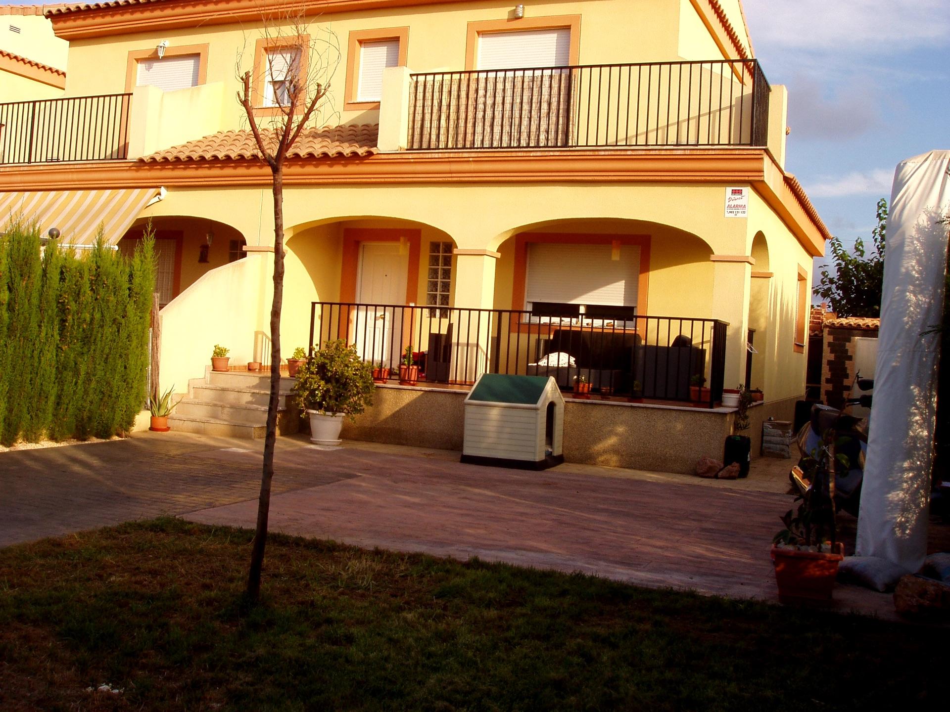 Casa adosada en Náquera, venta
