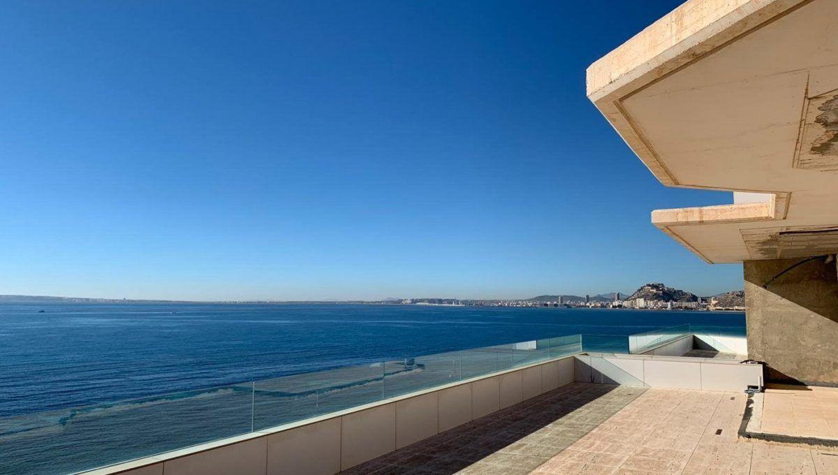 Вилла класса люкс в Alicante, Cabo Huertas, продажа