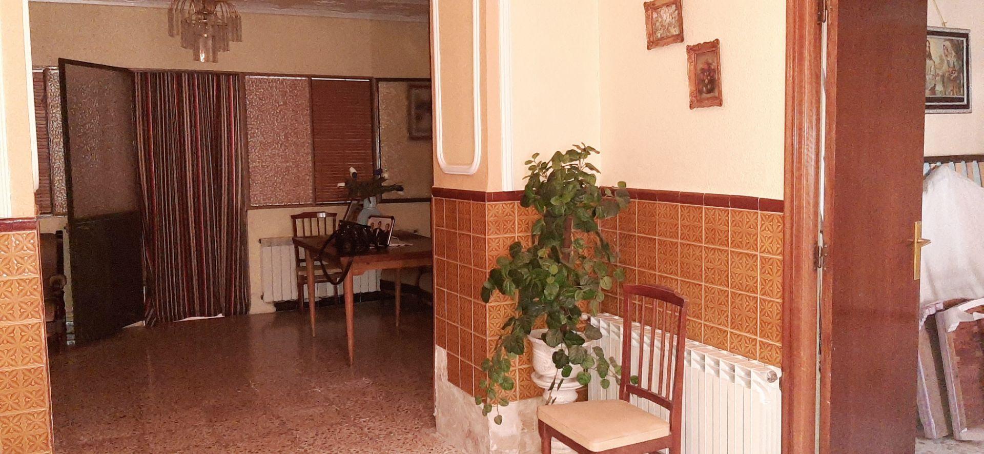 Casa / Chalet en Valdepeñas, venta