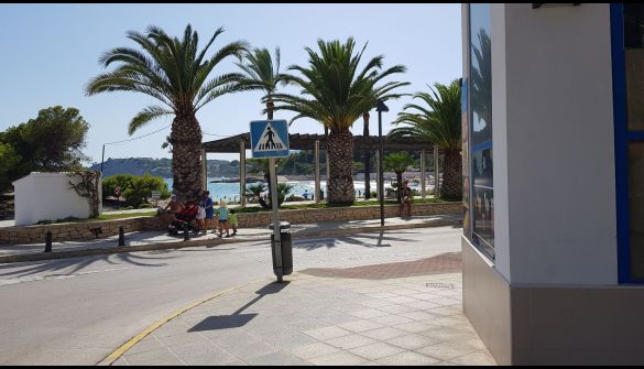 Commercial property in Moraira, Playa, for rent