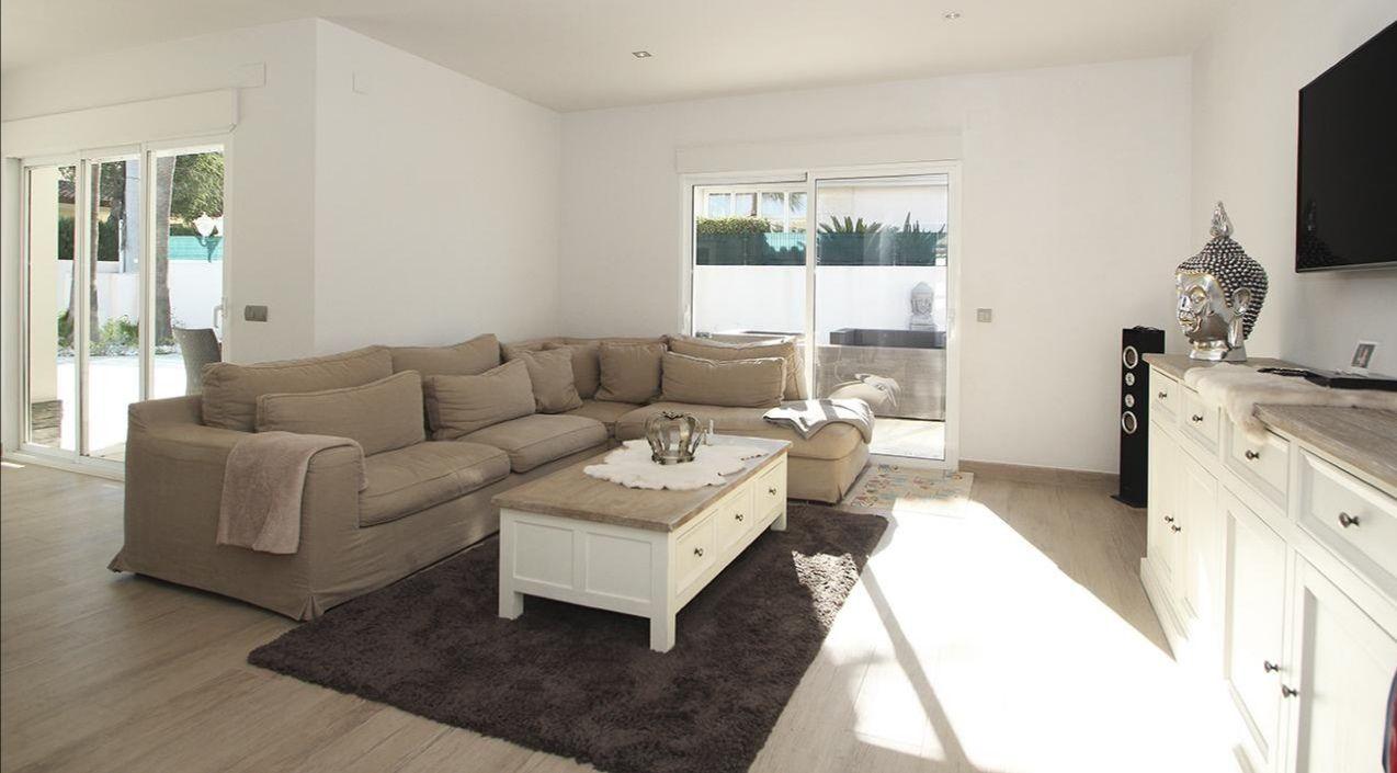 Villa in El Albir / L'Albir, Centro, for rent