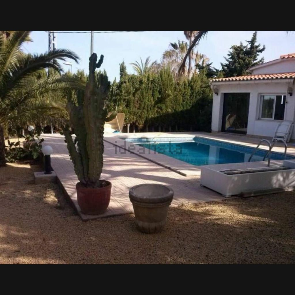 Villa in La Nucía, Barranco Hondo, for rent
