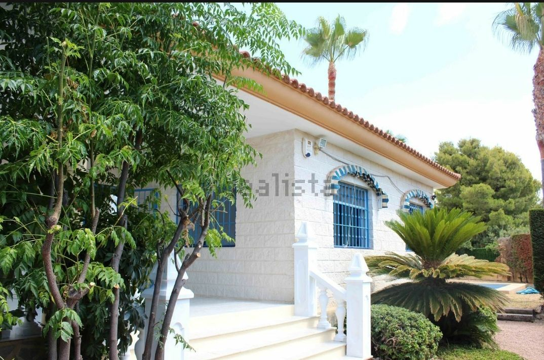 Villa in Alfaz del Pi / l'Alfàs del Pi, arabi, for rent