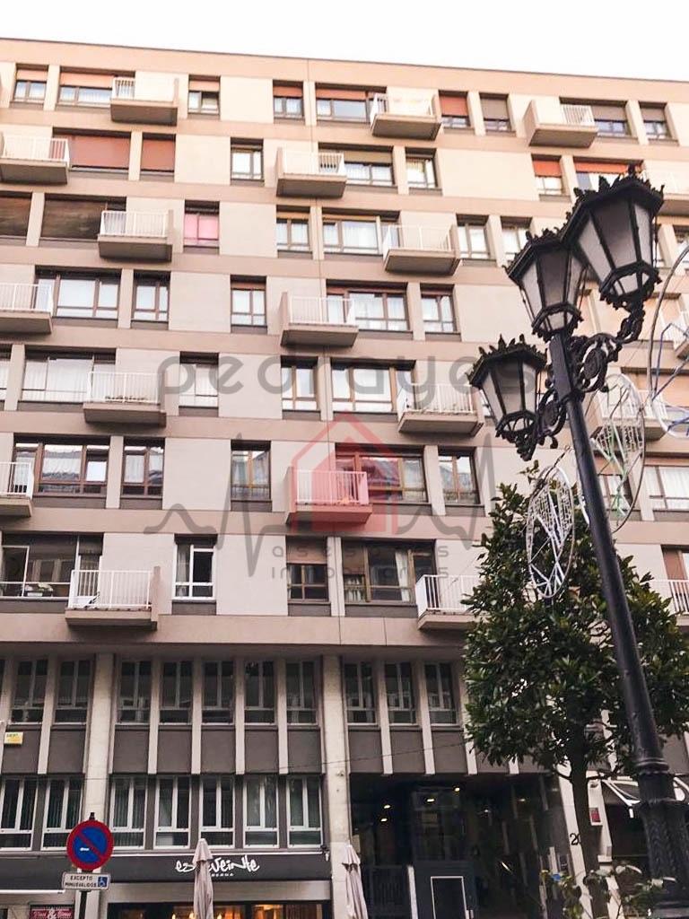 Piso en Oviedo, CENTRO, venta