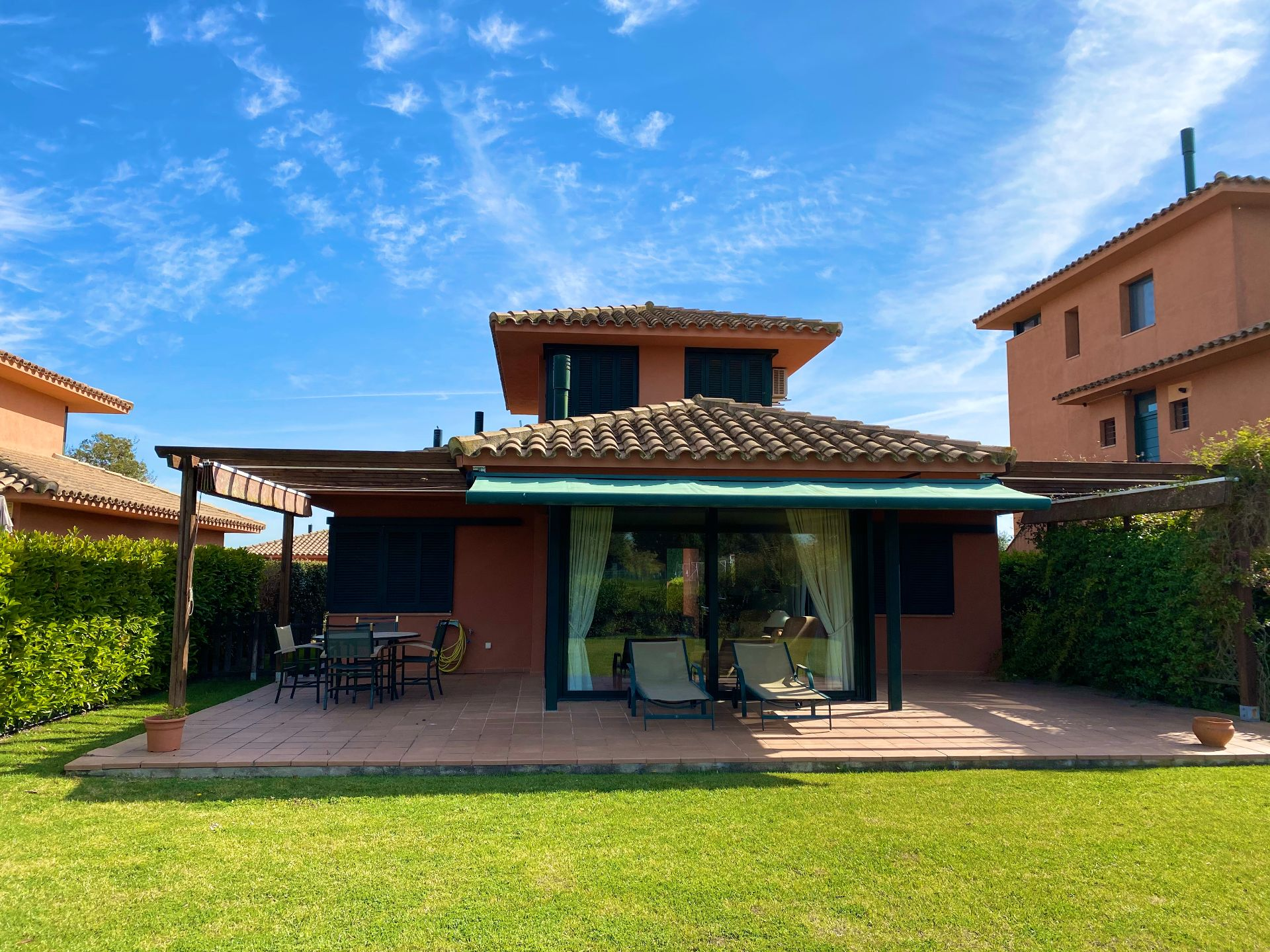 Villa in Navata, TorreMirona Golf & Spa, for sale
