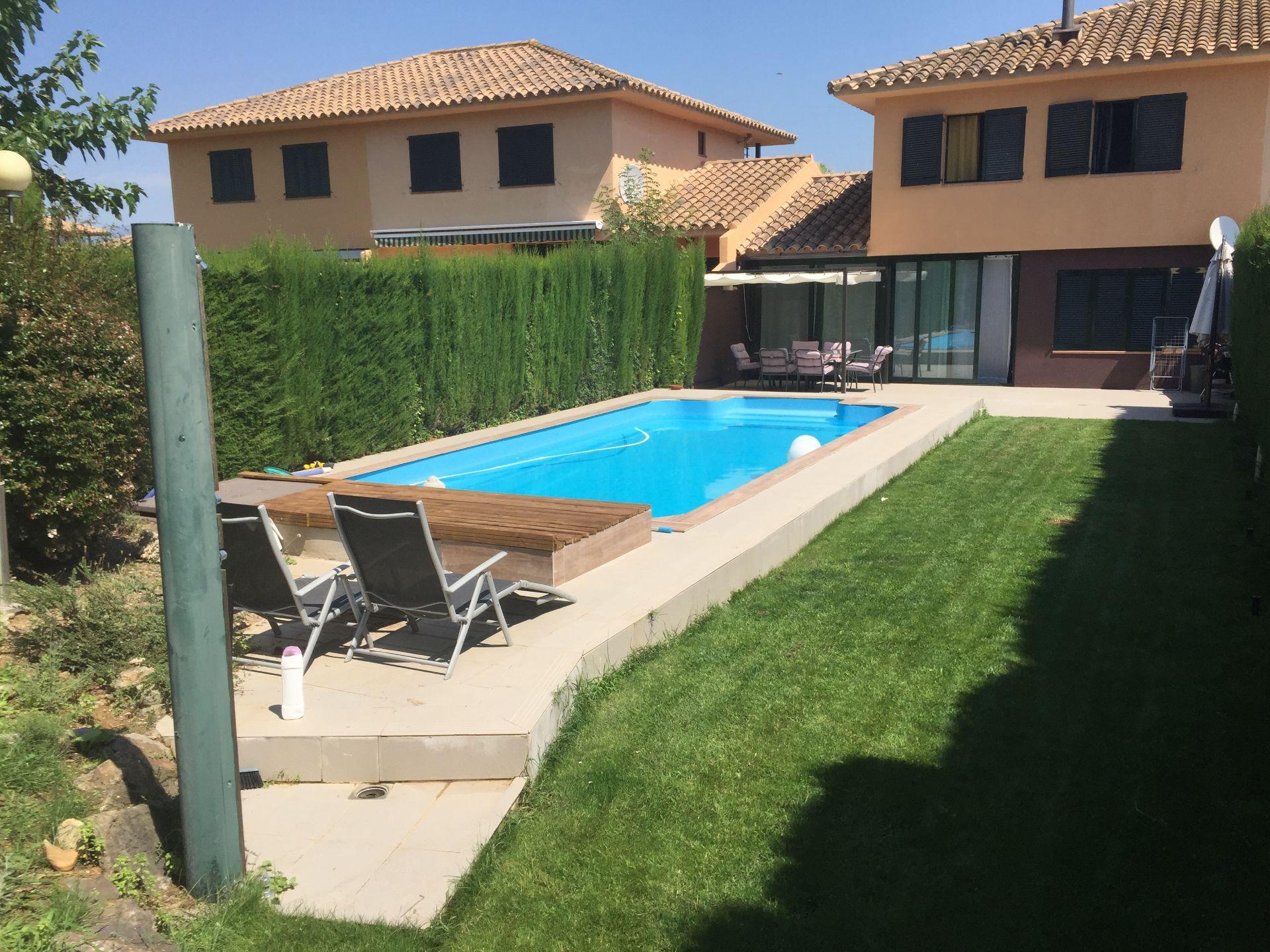 Casa adosada en Navata, TorreMirona Golf & Spa, venta