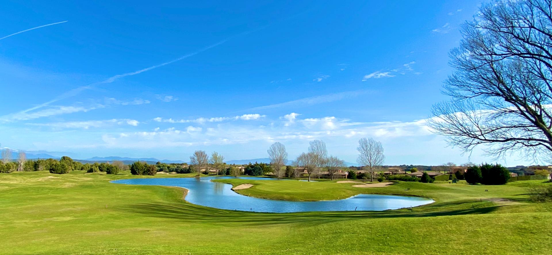 Parcela en Navata, TorreMirona Golf & Spa, venta