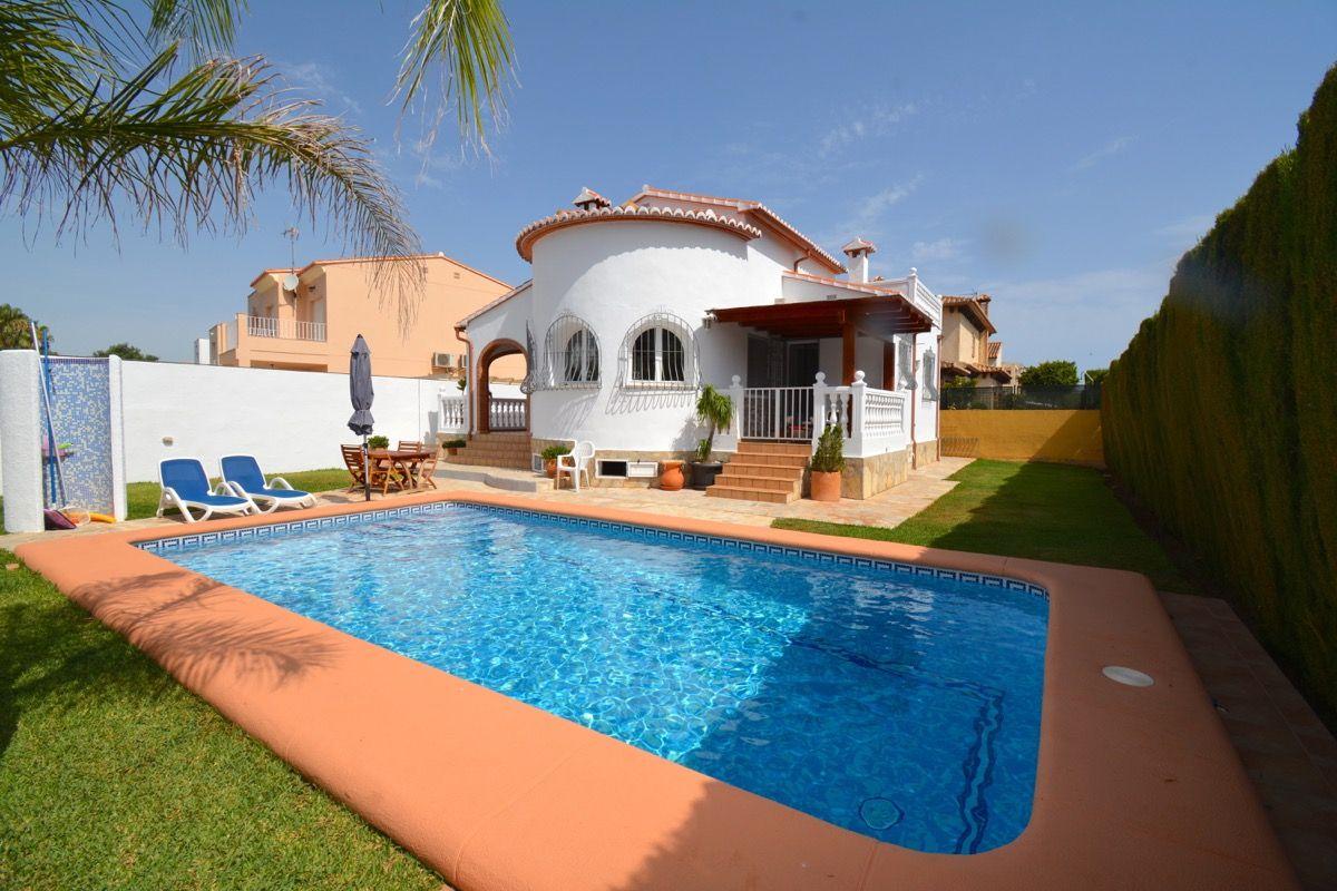 Villa in Dénia, for sale