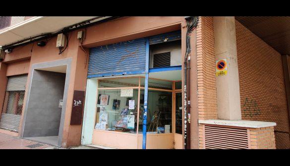 Local comercial en Zaragoza de 3 habitaciones