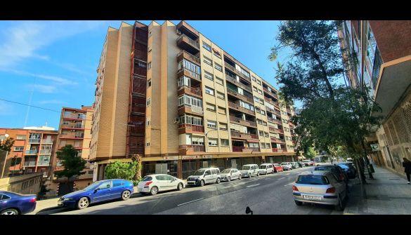 Piso en Zaragoza de 3 habitaciones